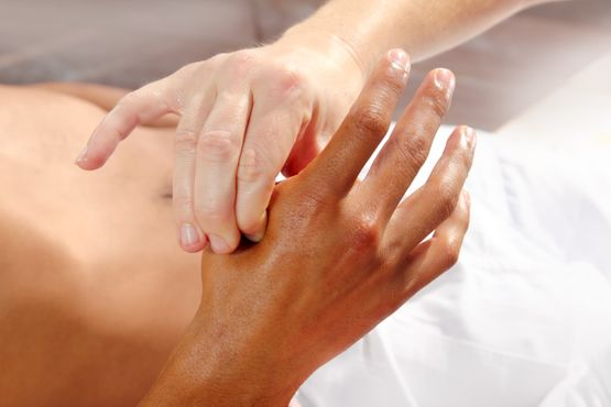 Tuina-Massage - TCM Center - Huaxiamed GmbH